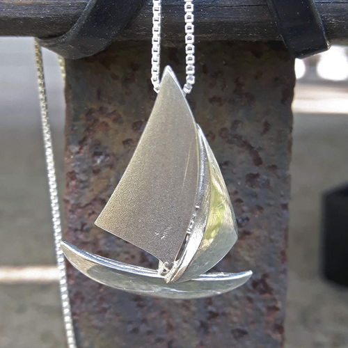 Necklace sailboat