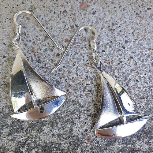 Earrings sail boat