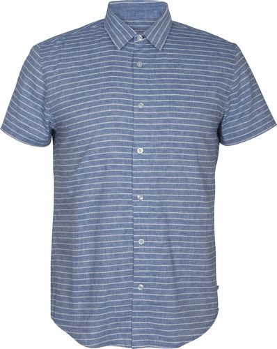 Men's dress shirt with short sleeves