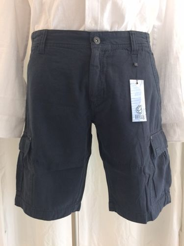 Men's shorts with side pockets