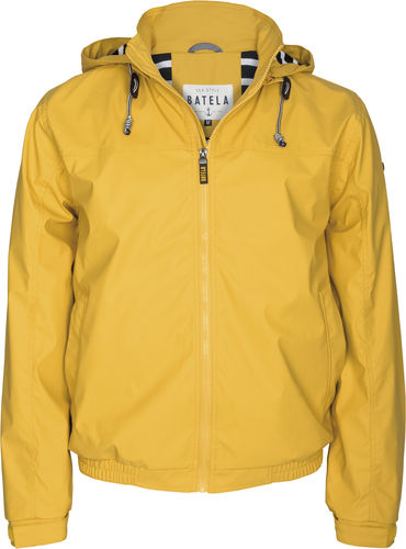 Short raincoat for men