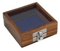 Wooden box with glas lid, size 8,5 x 8,5 x 3,5 cm